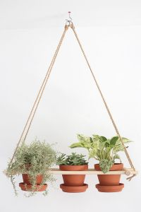 25+ Best Ideas about Hanging Planters on Pinterest | Diy ...
