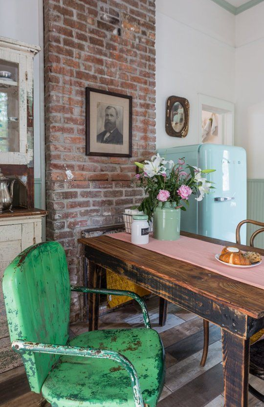 17 Best ideas about New Orleans Decor on Pinterest  Prohibition party Speakeasy decor and
