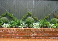 25+ best ideas about Brick planter on Pinterest