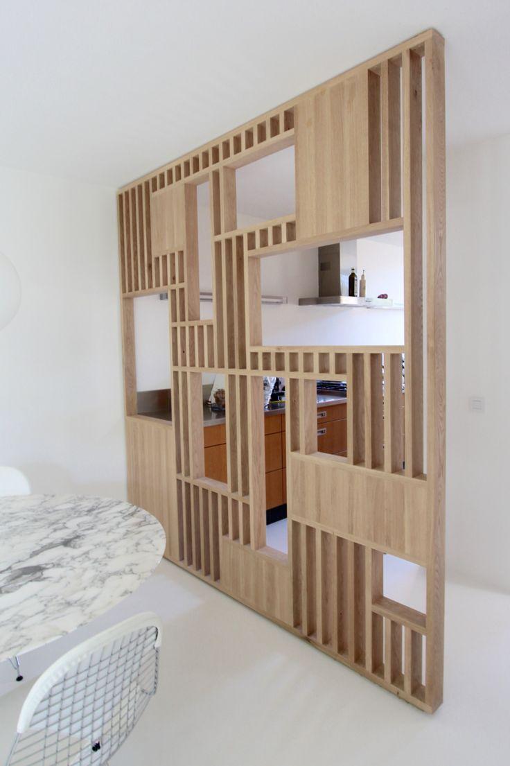 Room divider geplaatst tussen woonkamer en keuken Gemaakt
