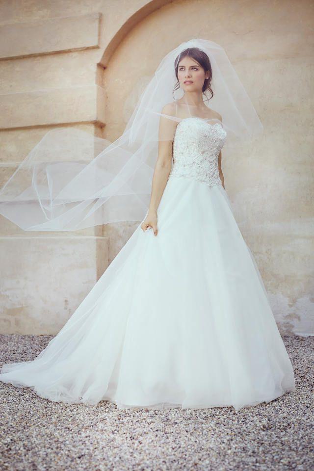 Les 25 Meilleures Idées De La Catégorie Hochzeitskleider Günstig