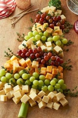 christmas tree appetizers | Christmas Tree Cheese Board...Really Cute!! | Appetizers and Dips #food #recipes: