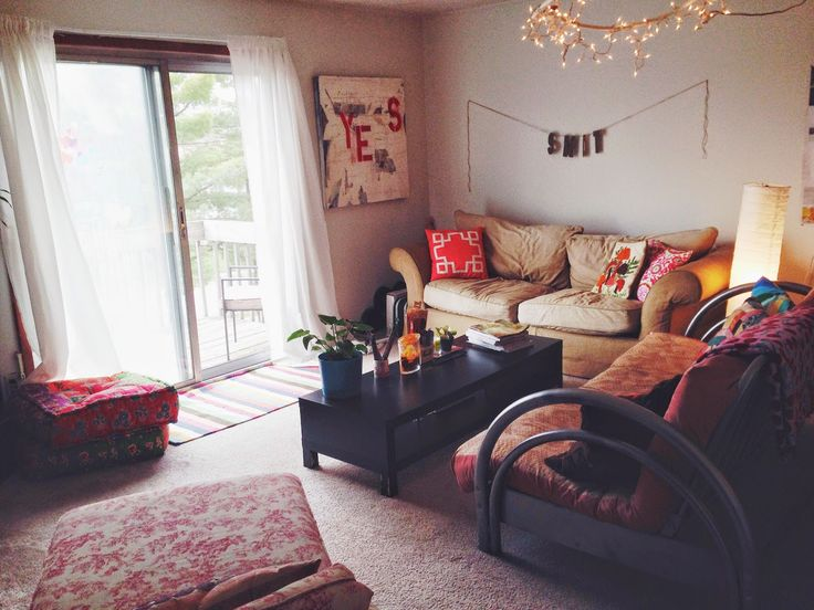 25 best ideas about College Apartment Bedrooms on Pinterest  College apartment decorations