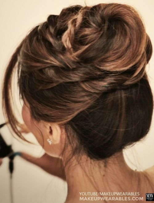 30 Easy  and Stylish Casual Updos  for Long  Hair  Sexy