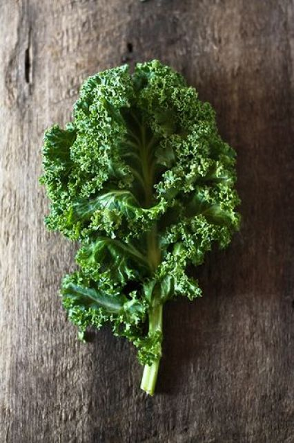Looking to detox your skin? Kale is the answer! It contains large amounts of Vitamin C which plays a huge part in anti-aging.: