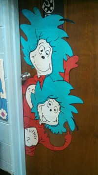 Thing 1 and Thing 2 Door decoration ! | Dr. Seuss ...