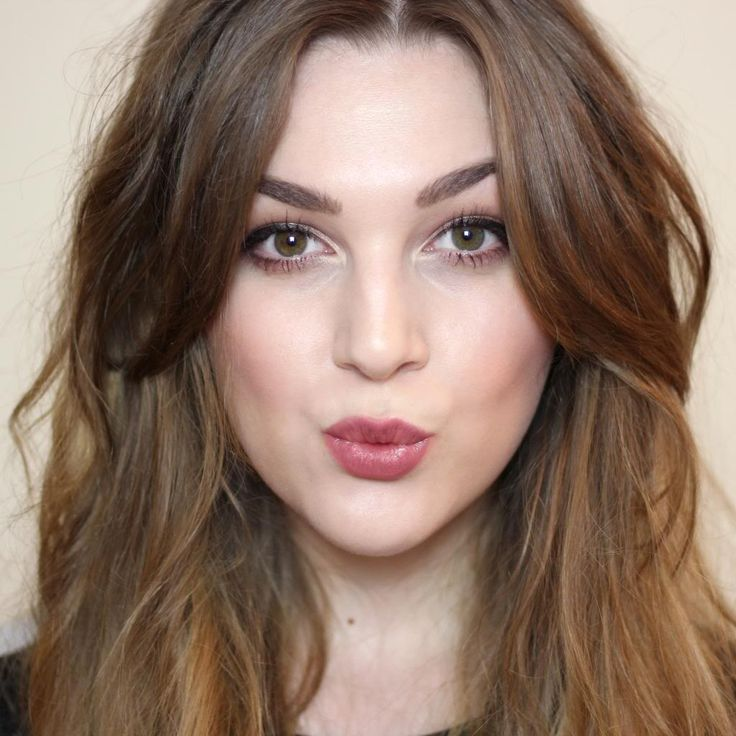 25 Best Ideas About Middle Part Bangs On Pinterest Middle