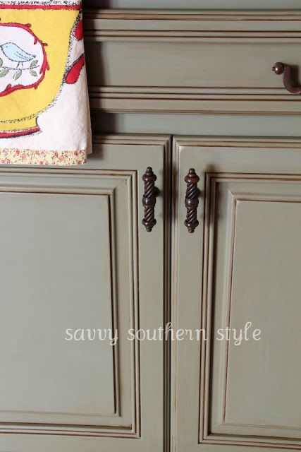 cost to paint kitchen cabinets professionally small space tables for 130 best images about annie sloan chalk painted kitchens ...