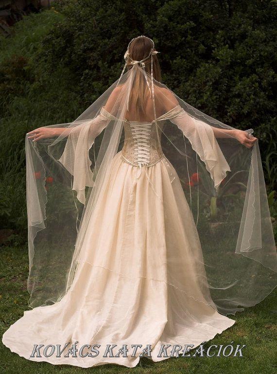 25 best ideas about Medieval Wedding Dresses on Pinterest  Medieval wedding Renaissance