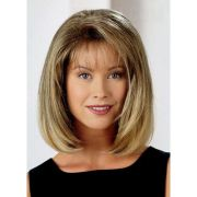 hairstyle bobs with wispy bangs
