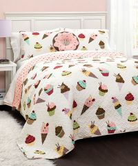 17 Best ideas about Cupcake Bedroom on Pinterest