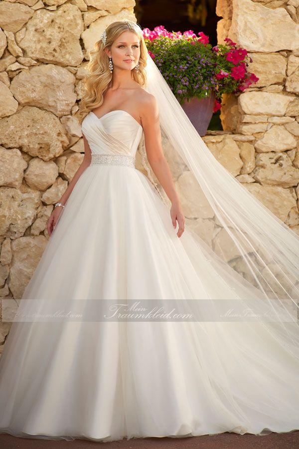 Die 25 Besten Ideen Zu Prinzessinnen Hochzeitskleider Auf