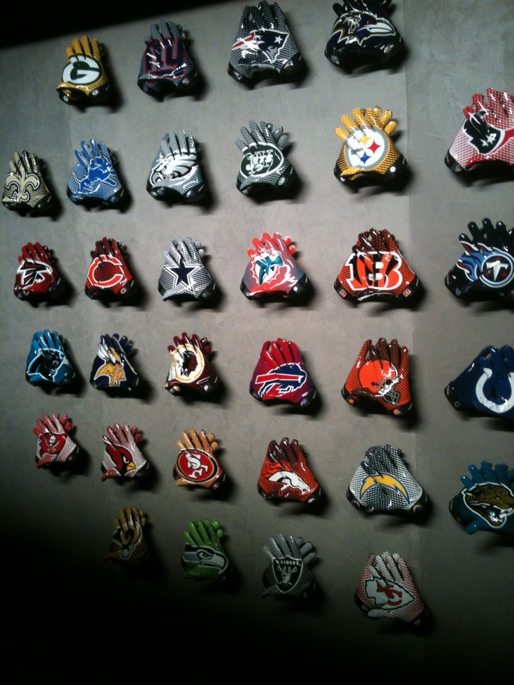17 Best Images About Cool Football Gloves On Pinterest