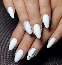 25+ best ideas about Short Almond Nails on Pinterest ...