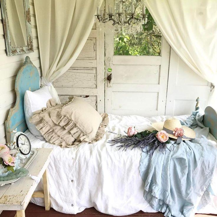 25+ Best Ideas about Sleeping Porch on Pinterest