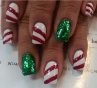 25+ best ideas about Christmas acrylic nails on Pinterest ...