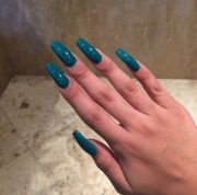 nails blue and long salon