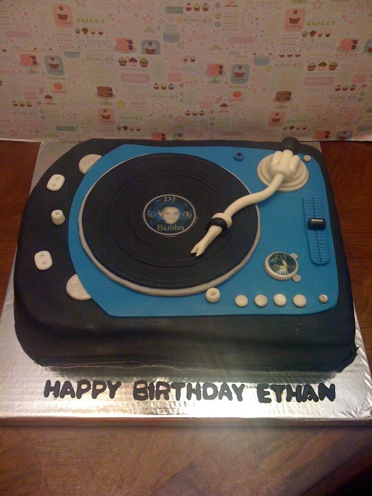 Dj Turntables Birthday Cakes