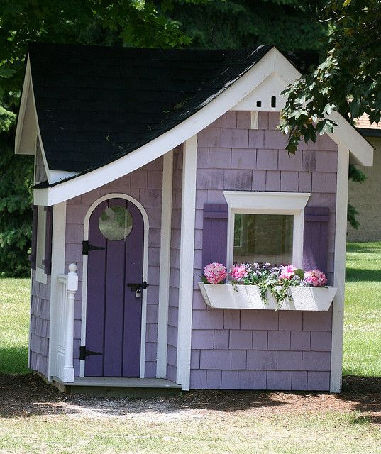 Best 25 Painted Playhouse Ideas On Pinterest Kids Plastic Playhouse Childrens Plastic