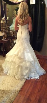 Best 25+ Wedding dress bustle ideas on Pinterest