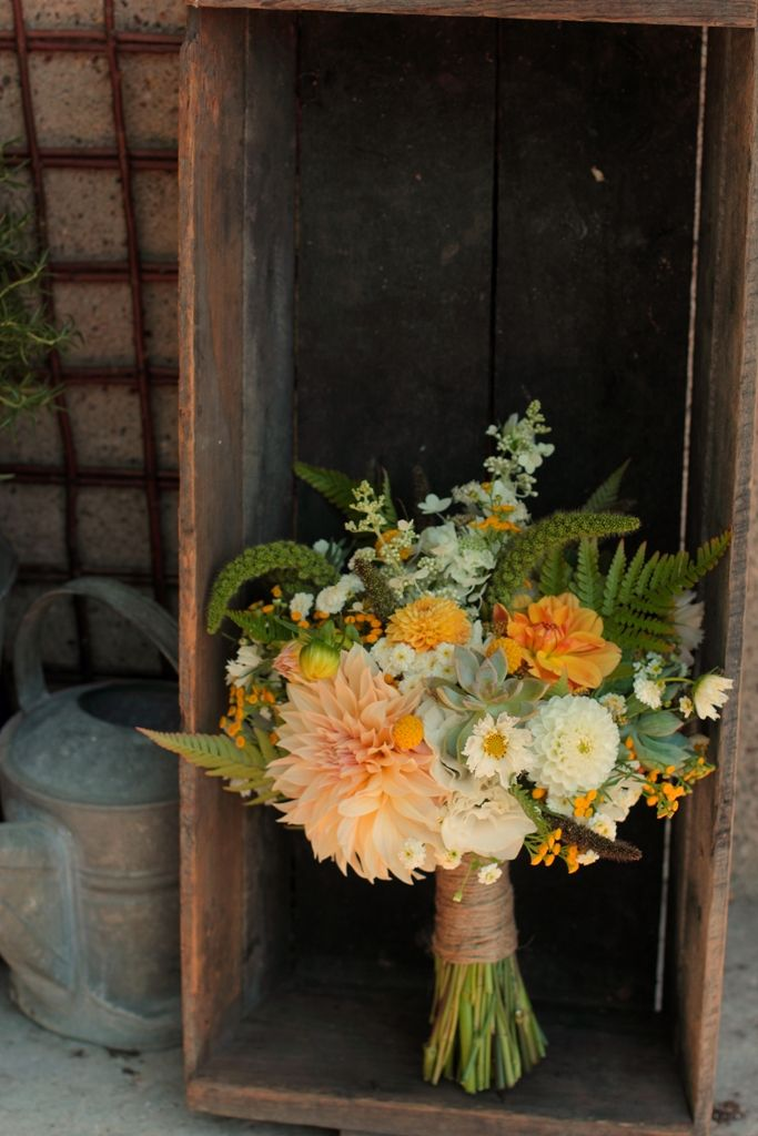 25 best ideas about Succulent Hydrangea Bouquet on Pinterest  Purple hydrangeas Gold wedding