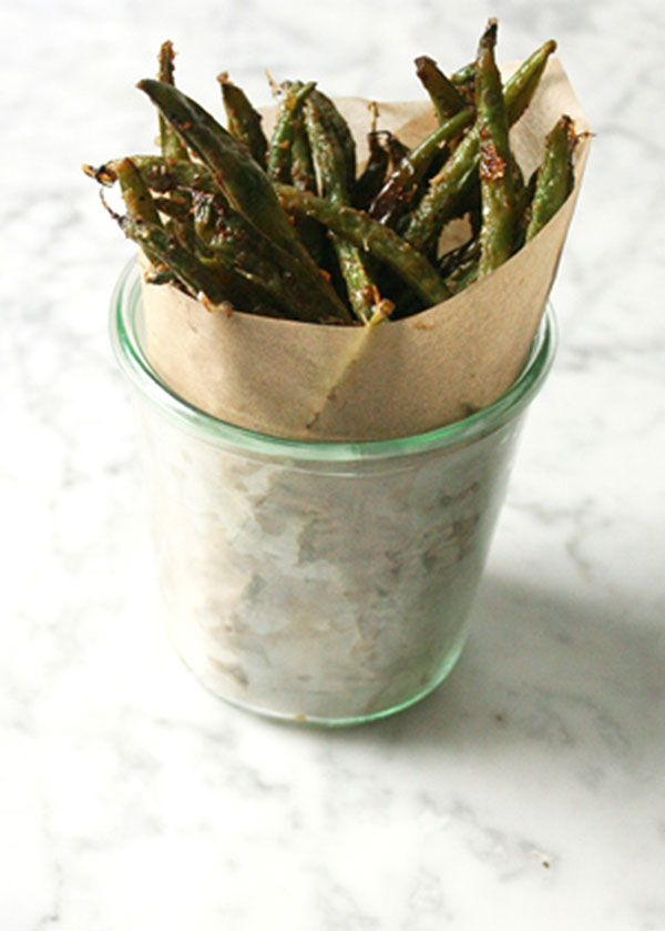Cheesy crispy green beans t