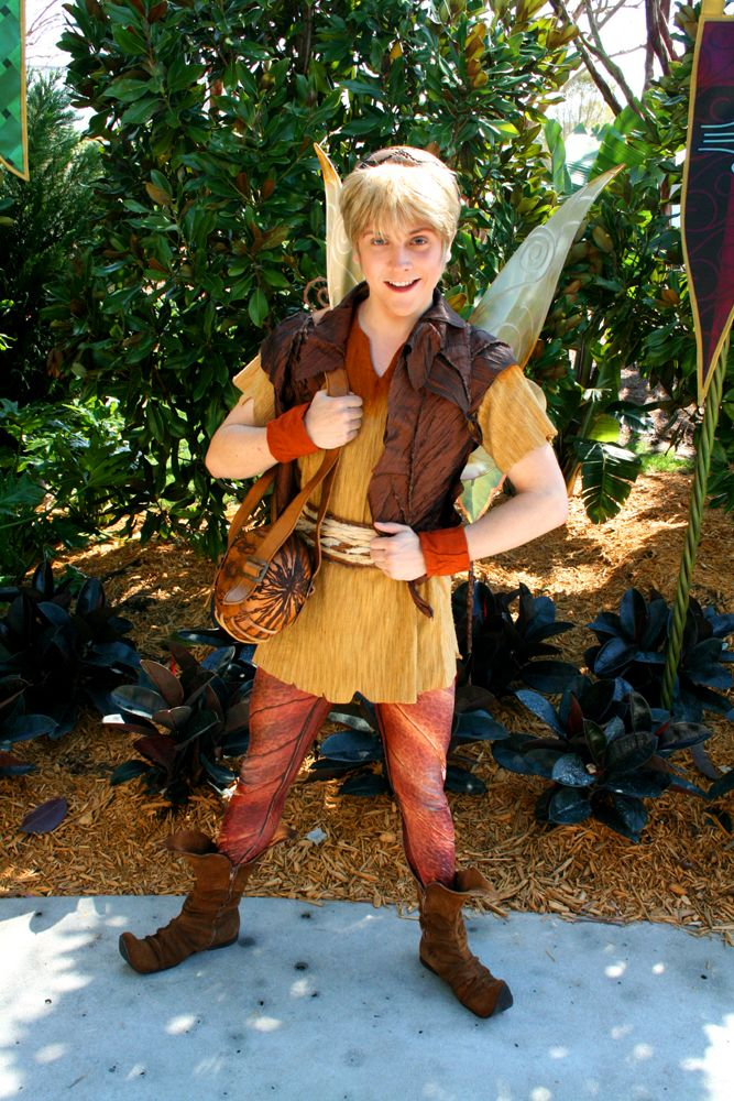 Tinkerbell Fall Wallpaper Terence At Epcot Disney Fairies Pinterest Epcot And Art