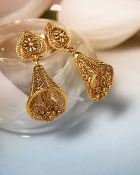 View collection here: https://www.tanishq.co.in ...