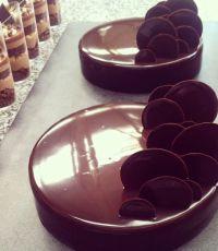 25+ best ideas about Chocolate mirror glaze on Pinterest ...