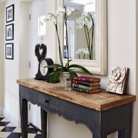 25+ best ideas about Hall table decor on Pinterest | Foyer ...