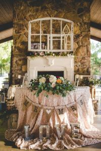 25+ best ideas about Sweetheart table on Pinterest ...