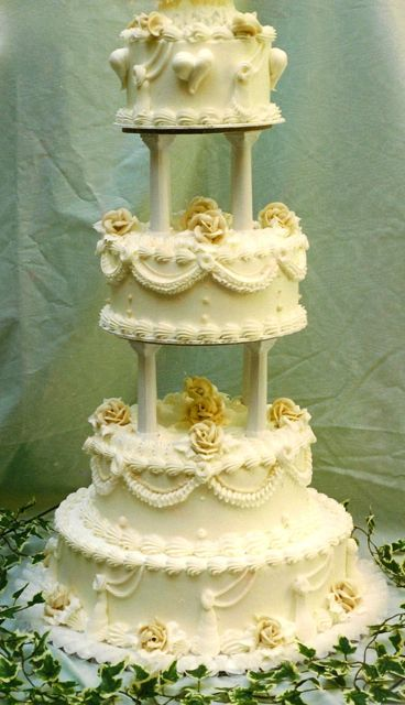 Traditional Buttercream Wedding Cake TBT Wedding Cakes