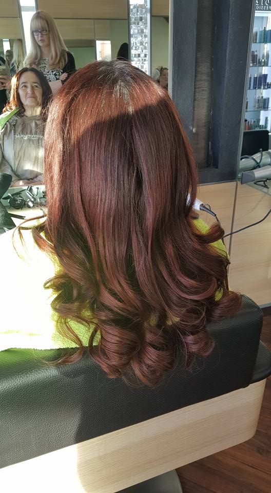 17 Best ideas about Curly Blowdry on Pinterest  Bouncy hair Bouncy curls and Roller curls