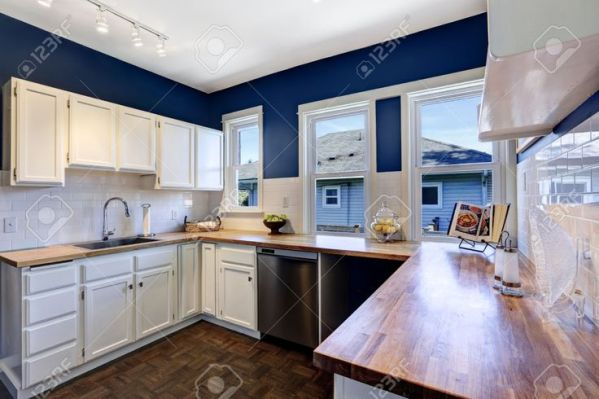 dark navy blue kitchen walls 25+ best ideas about Dark blue kitchens on Pinterest