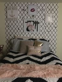 25+ best ideas about Black gold bedroom on Pinterest ...
