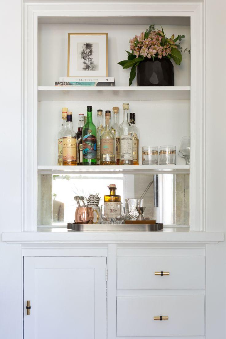 Best 25 Built in bar ideas only on Pinterest  Basement kitchen Brick veneer wall and Wet bar
