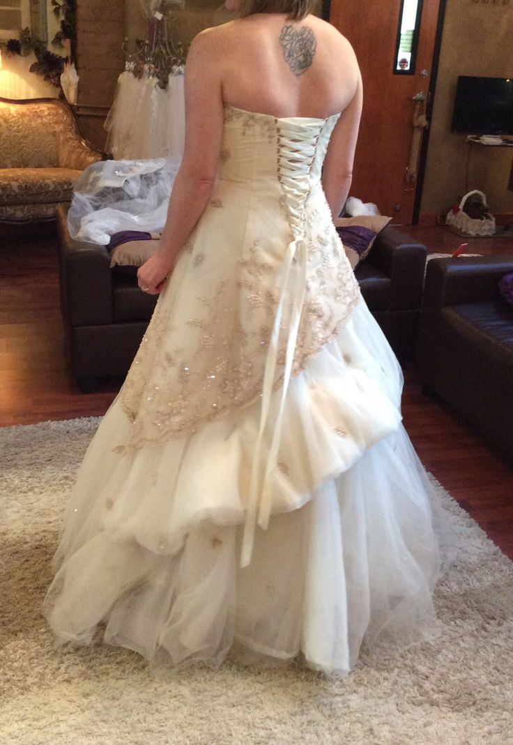 17 Best images about bustles on Pinterest  Flapper wedding dresses Gowns and Brides