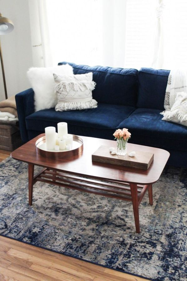 25 Best Ideas about Navy Couch on Pinterest Navy blue