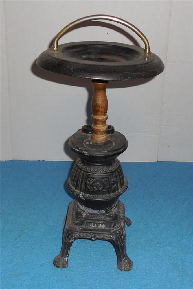 Vintage Crown Creative Pot Belly Stove Smoking Stand