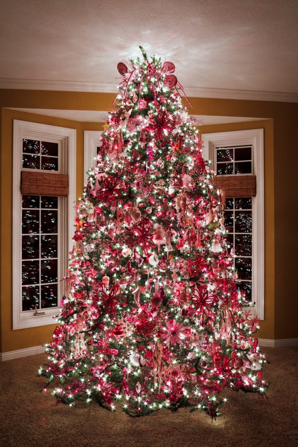 1000 ideas about Pink Christmas Tree on Pinterest Pink