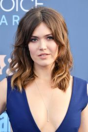 mandy moore short hairstyles
