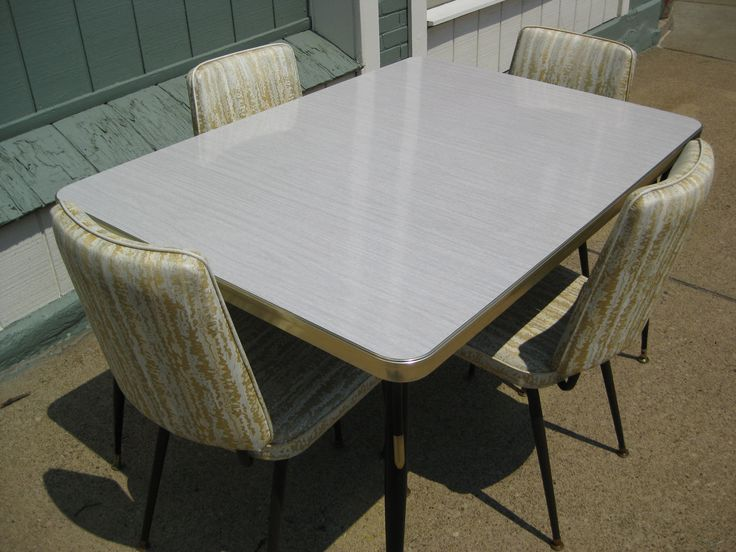 Vintage 1950s Formica Kitchen Table w 4 Chairs 50