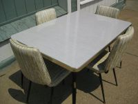 Vintage 1950's Formica Kitchen Table w/ (4) Chairs 50% ...