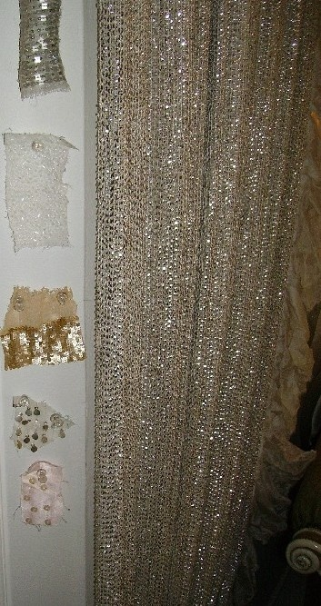 My Craft Room Will Need A Sparkly Curtain Oh Yes