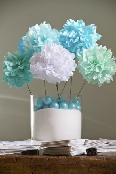 101 EasytoMake Baby Shower Centerpieces  Shower centerpieces Flower and Centerpieces
