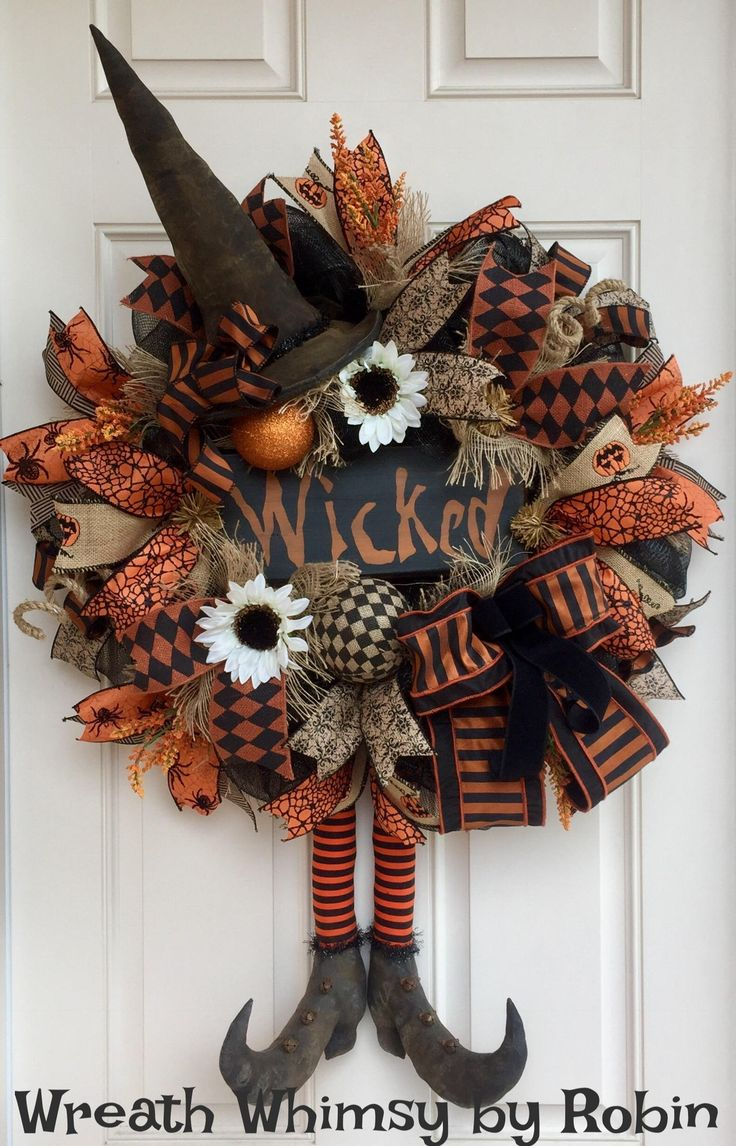 Top 25+ best Halloween wreaths ideas on Pinterest