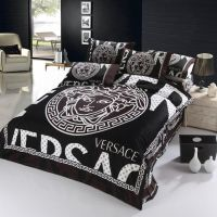 200 best images about Bedroom Bling on Pinterest | Chanel ...