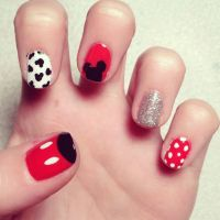 76 Best images about MICKEY MOUSE NAIL DESIGNS on ...