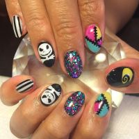 17 Best ideas about Nightmare Before Christmas Nails on ...