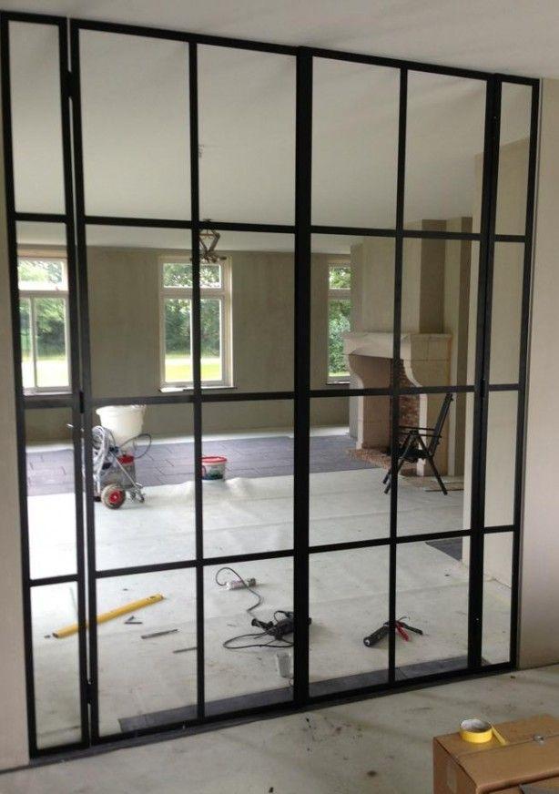 Geleverd Stalen deuren van woonkamer naar keuken